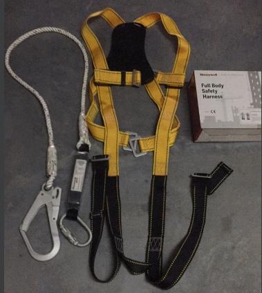 Dây an toàn toàn thân 1 móc to MB900 honeywell